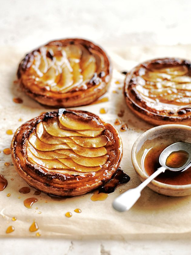 almond and pear tarts