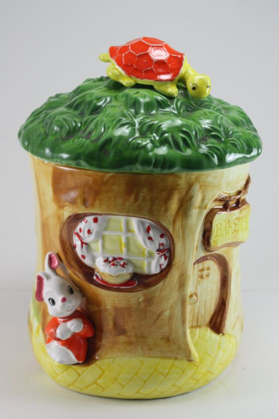 Bakery Cookie Jar made in Japan by Lefton