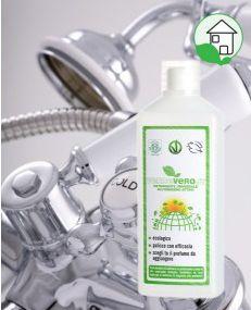 DETERGENTE UNIVERSALE ALL'OSSIGENO ATTIVO Per la pulizia di sanitari, rubinetterie, cromature, box doccia, superfici piastrellate, acciaio inox. Se usato con regolarità evita il formarsi del calcare. http://www.acceleratorecommerciale.com/#!st:ep/ProductDetail/1843