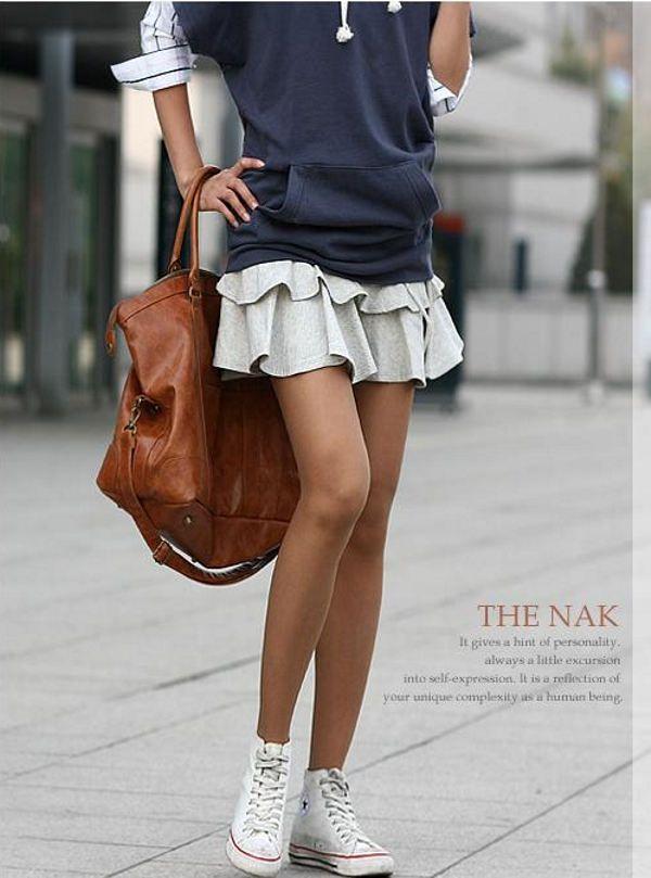 Мини юбки (короткие юбки) - Эротическая одежда в рекламе. Единая Служба Объявлений