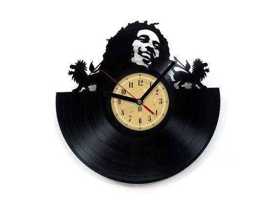 77 besten vynil clock bilder auf pinterest wanduhren schallplatten und uhren. Black Bedroom Furniture Sets. Home Design Ideas