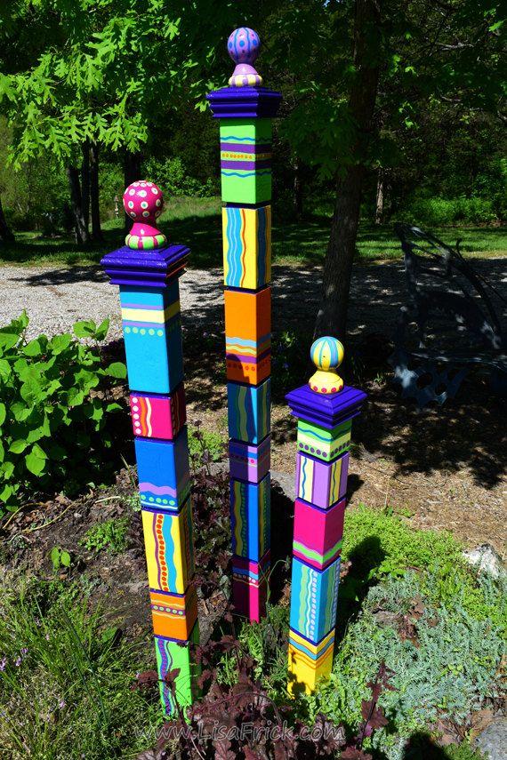 Totem, jardin de jardin Art, Sculpture de jardin, Totem sculpturale, Art de Cour, Totem coloré, Art de la pelouse, unique grand Totem