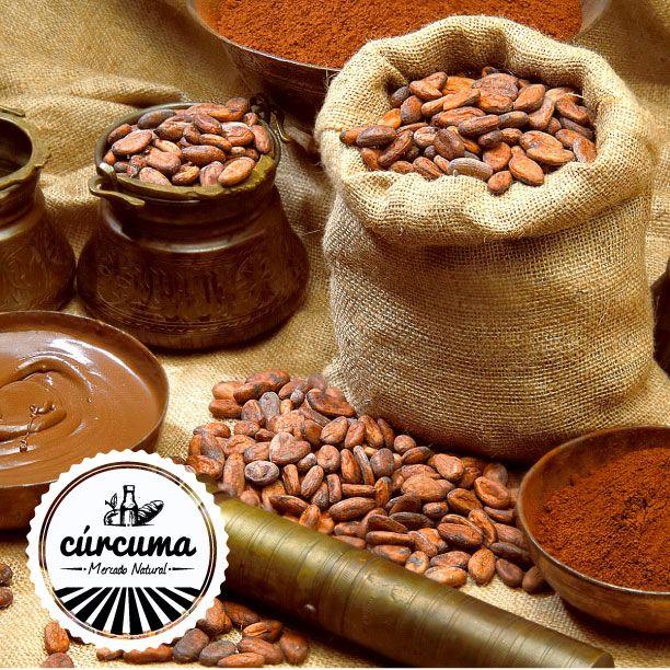 Cacao: - Da energía - Pone de buen humor - Estabiliza la presión arterial - Antioxidante - Anticancerígeno