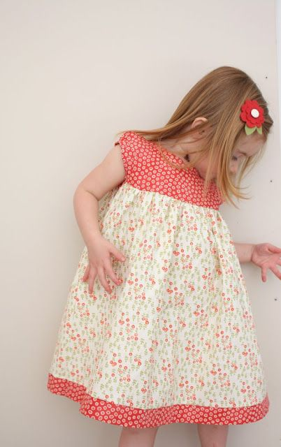 Leah Dress tutorial - also includes version for tunic top