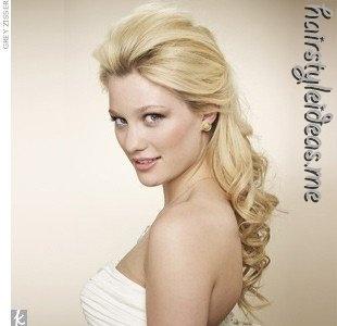 hairstyle (seen by @Louellachy596 )Hair Ideas, Hairideas, Half Up, Bridesmaid Hair, The Knots, Curls, Bridal Hair, Wedding Hair Style, Wedding Hairstyles