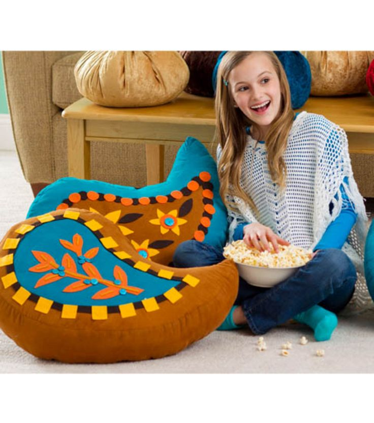 1018 best CUSHIONS, PILLOWS & POUFS images on Pinterest Heart pillow, Cute pillows and Hearth pad