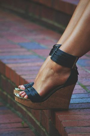 Now these wedge sandals I like! #black