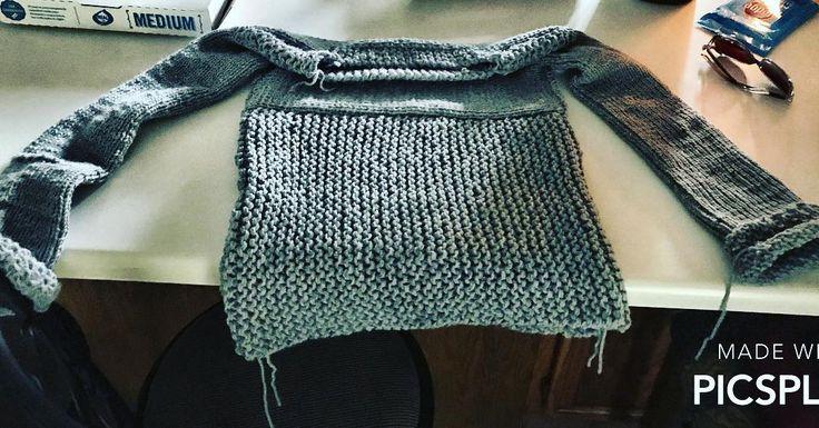 Loomed sweater by @mommaandlucy