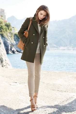 Best 25  Peacoat outfit ideas on Pinterest   Preppy fall fashion ...