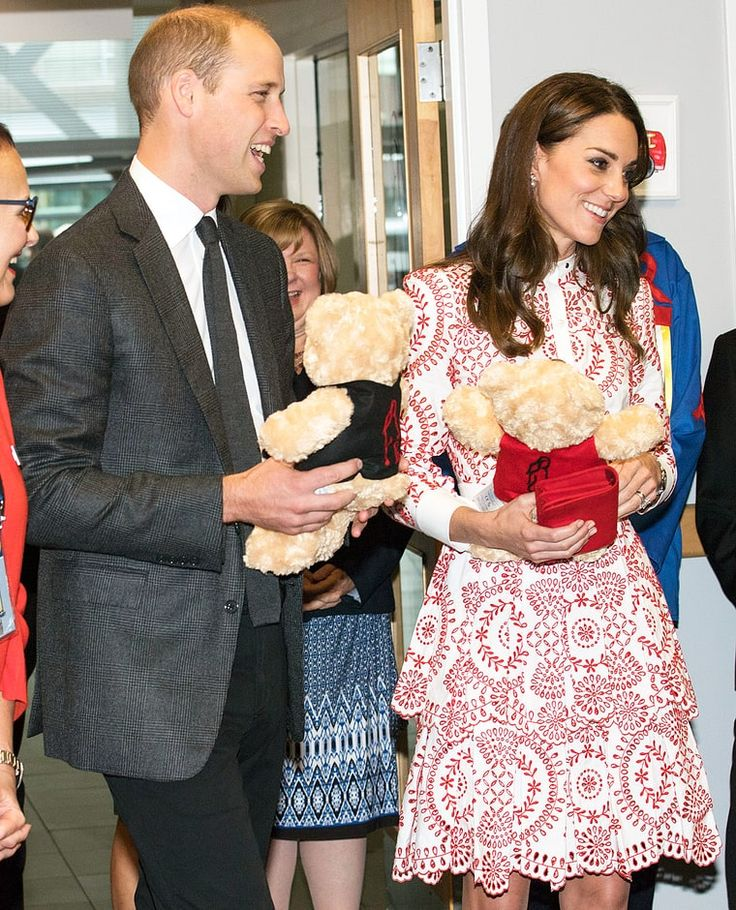 Prince William Kate Middleton Canada teddy bears
