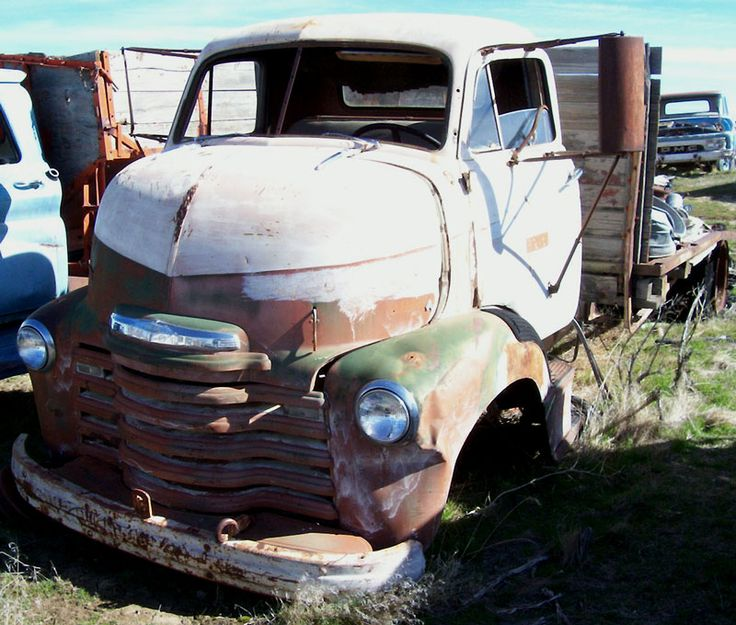 1949 Chevrolet Series 5700 COE Cab-Over-Engine Flatbed Truck For Sale $3,500 left front view