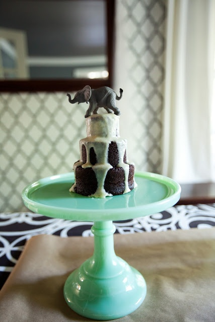 elephant party: tiered mini cake with plastic elephant toy ...