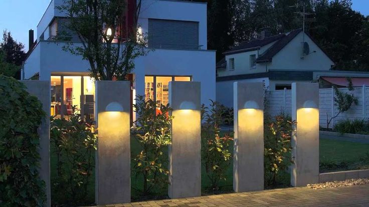 Outdoor Wall Lighting with Four Pillars Sturdy Pole Pure White Color