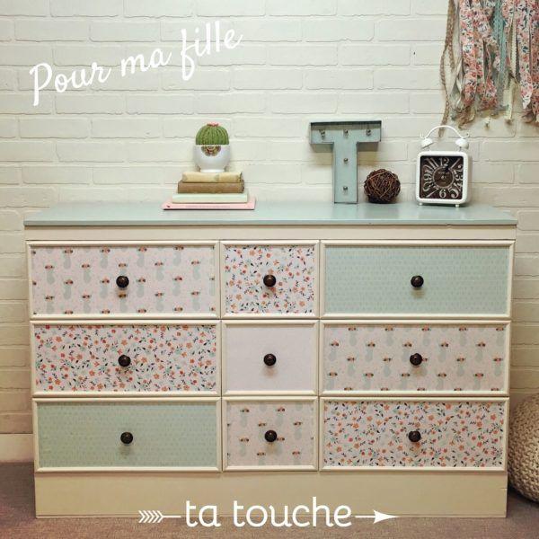 Commode pour chambre de petite fille avec tissu et peinture turquoise par ta touche - relooking de meubles (atelier situé à Chambly)