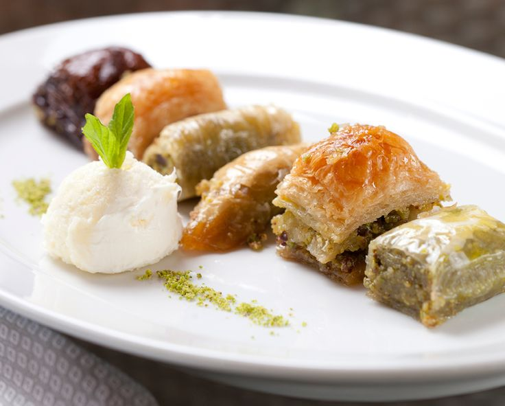 Homemade Baklava with clotted cream – Selection of 6