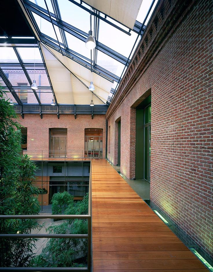 Sede aguirre newman madrid 2002 allende arquitectos 1 premio edificio o conjuntos - Arquitectos madrid ...