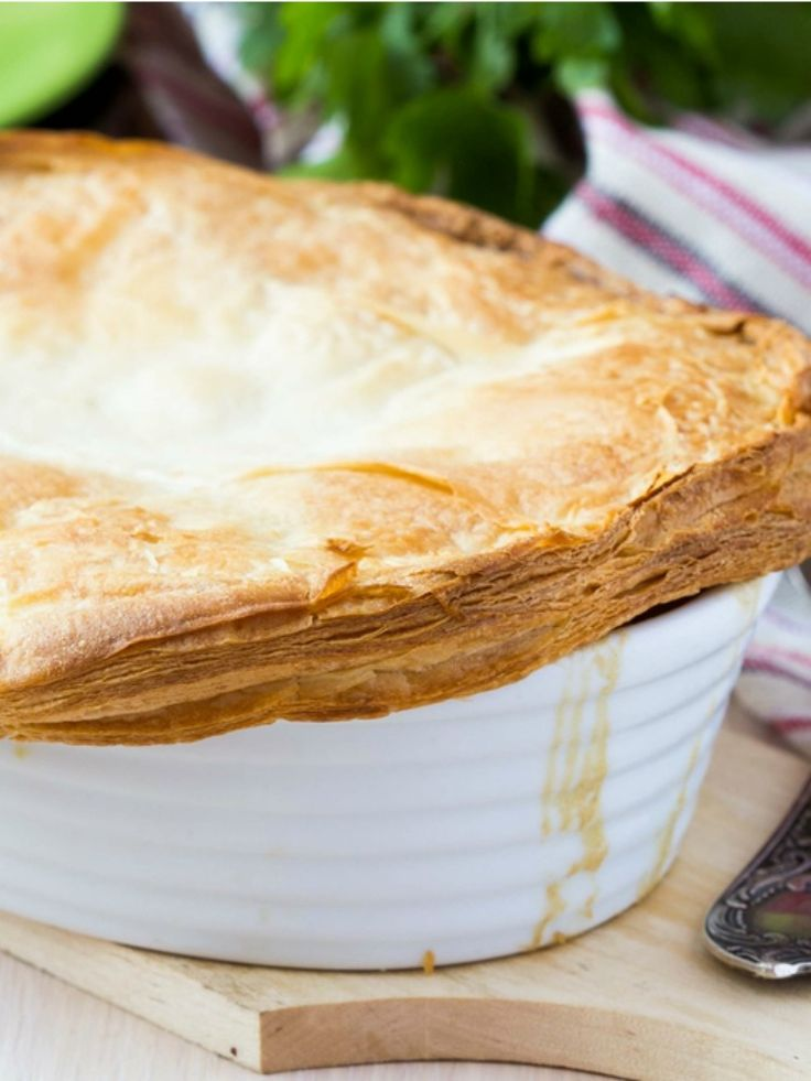 Chicken and Mushroom Pot Pie: Favourite Recipes, Chicken Recipes, Potpie, Pies Tourte, Pot Pies, La Viande, Favorite Recipes, Guiness Pies