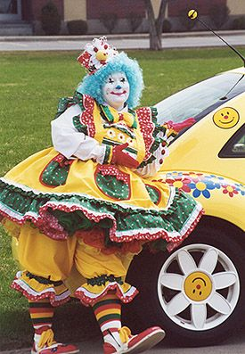 Fun Stuff, Clowns, Lecture & Seminar Services, Entertainers, Artists - Whitesboro, New York - Flower The Clown Enterprises