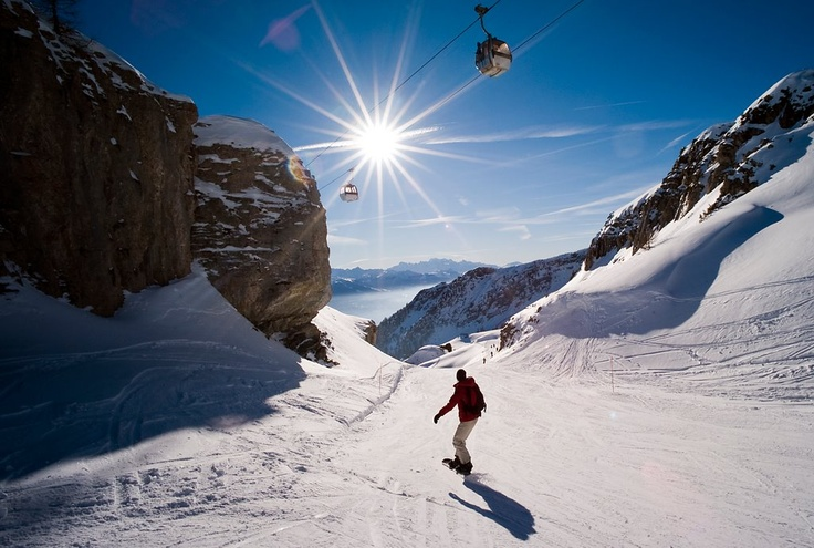 Crans Montana - one of my favorite places to ski in the world...Ski Resorts, Favorite Places, Swiss Ski, Places Scenery, Places I D, Amazing Places, Cran Montana, Ski Bunnies, La Suisse Switzerland