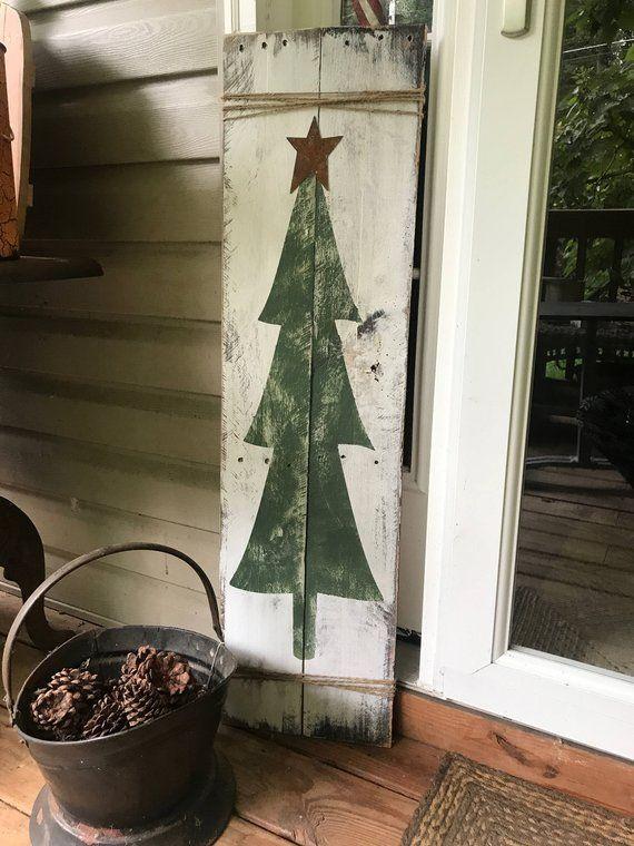 Rustikale Baum Tür Zeichen – Weihnachtsbaum Planke – rustikale Palette Wandkunst – Haustür Zeichen – Bauernhausdekor – rustikale Weihnachten – 42 x 11