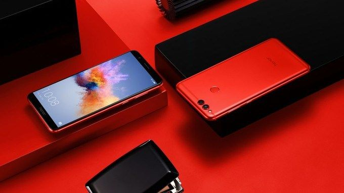 Honor 7X To Be Available Through Offline Stores In India Red Edition Sale Starts On 9th Feb  Honor 7X was launched in India a couple of months ago as an online-exclusive devive. Now the China-based company has announced that the phone will be available through online retail stores as well. The Honor 7X will now be available from the companys authorized stores and resellers starting February 9 and will be priced at Rs 15999.  The 64GB storage variant will be available through offline stores…