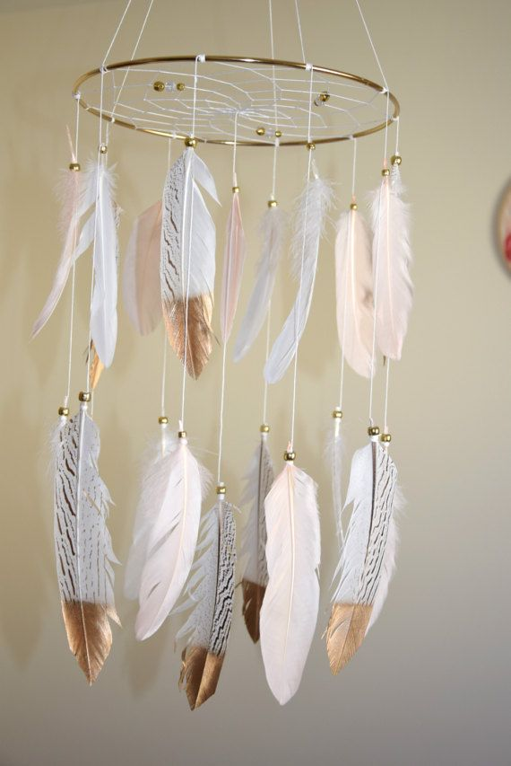 best 25 feather mobile ideas on pinterest dream catcher mobile nursery decor and nursery mobiles. Black Bedroom Furniture Sets. Home Design Ideas