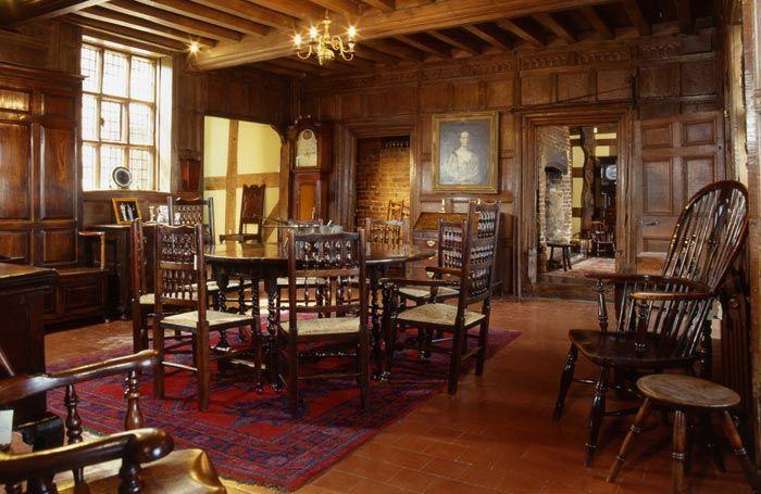 Interior Of Churche 39 S Mansion 16th Century Tudor Home