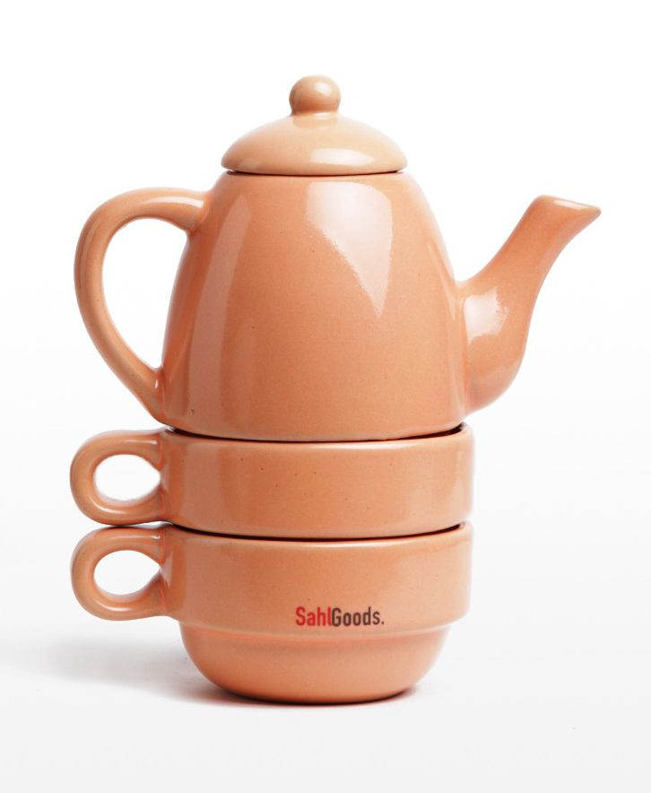 Ericales Set by SahlGoods. The Ericales Set will be the perfect piece for afternoon tea time. It comes in two addorable mugs and one pot that you can stack them all together, giving you the easiness to store it on your cabinet. It's handcrafted, its earthy, its for you! http://www.zocko.com/z/JJyx2