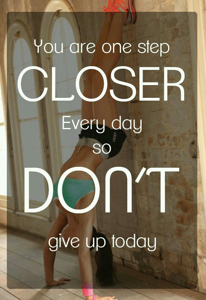Dedicação | you are one step closer every day, so don't give up today | Fitness motivational quotes, inspiration, stay dedicated