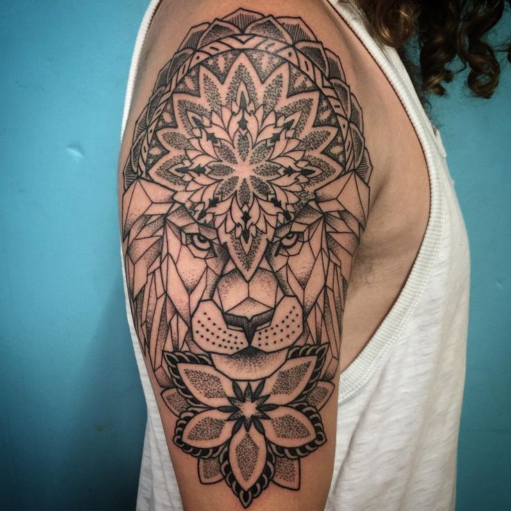 geometric lion mandala dotwork done thetruetattoo. Black Bedroom Furniture Sets. Home Design Ideas