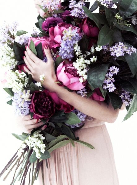 o. m. g. is a bouquet like this too big for a wedding? in. love.