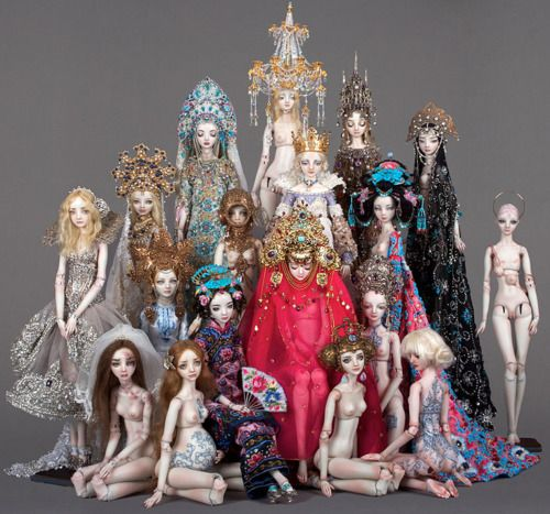 Marina Bychkova's dolls---You have got to look at her dolls...amazing doesn't do them/her justice.  WOW!