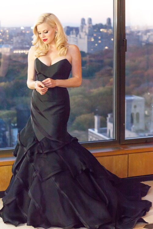 """A stunning silhouette of Megan Hilty in her """"Tiger Lily"""" custom gown by Matthew Christopher. #matthewchristopher #matthewbridal Photo: Sidney Beal"""