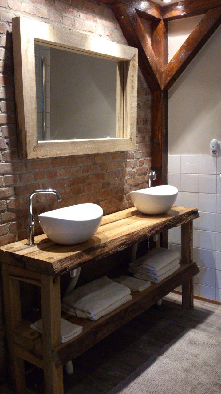 25 beste idee n over houten wastafel op pinterest zwart wit badkamers drijvende - Deco badkamer meubels ...