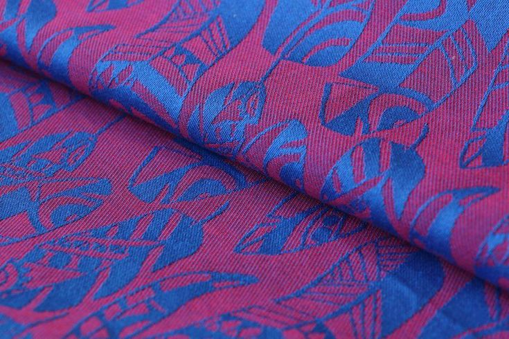 (Budget Swallowtail Raspberry Ice) Yaro Slings feathers Four Winds Red-Blue Wrap 230 gsm