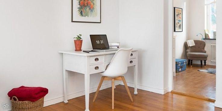 Gammalt vackert skrivbord + stol | Göteborg