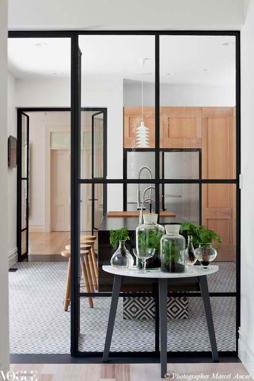 ok, I am obsessed, love these metal frame doors/partitions in a residential application!