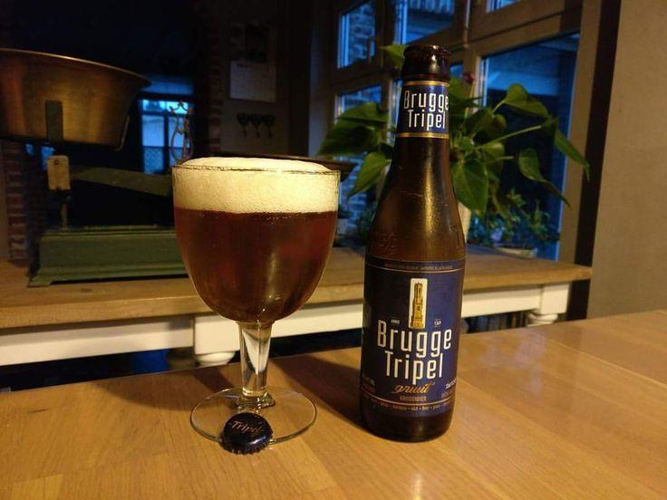 Brugge Tripel #bruggetripel #blondbier #belgiumblogger #beers #biersoorten #bierproeven #belgiumbeers #belgischebieren #genieten #weekend #tripel #triple #kruidenbier