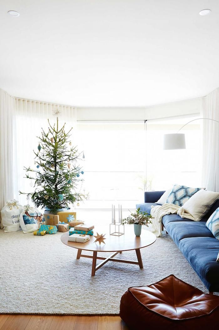 christmas-tree-decorations-gifts | photo armelle habib