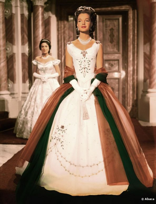 Romy Schneider in Sissi (3, 1957). The costumes were designed by Leo Bei, Gerdag and Franz Szivats.