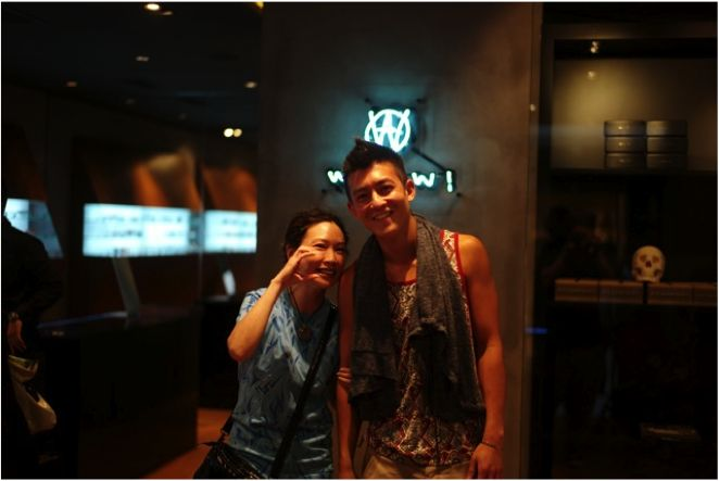WOAW pop-up store Guest:  Edison Chen and Karry