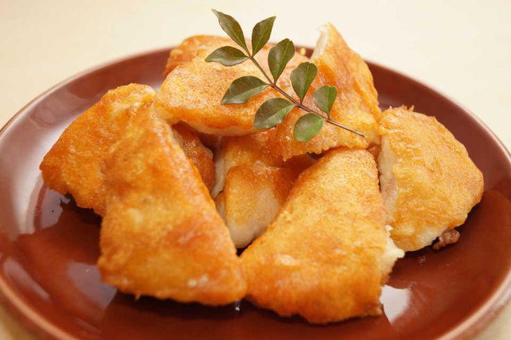 揚げずに抜群のジャンク感!『カリカリチキン』は、チーズ衣がたまらないスナック♩ - macaroni