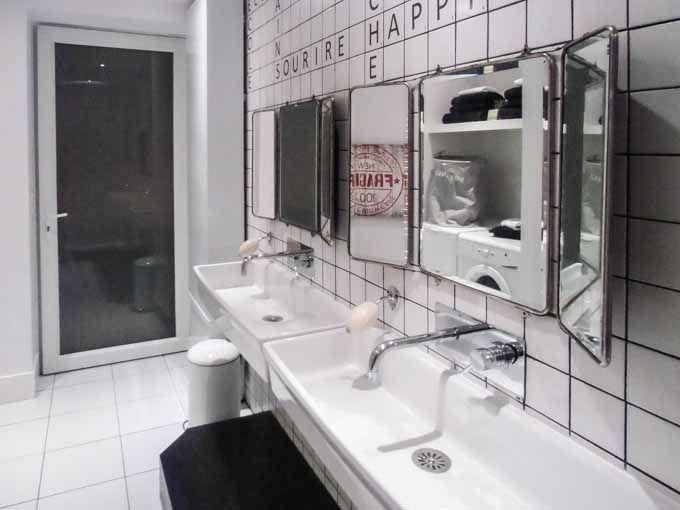 Carrelage salle de bains des enfants - Programme D&CO - 01/01/2014