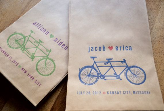 so cute.Graphic Design, Favor Bags, Brown Paper Bags, Kraft Paper, Bike Design, Wedding Ideas, Bikes Favors, Bicycles Theme, Favors Bags
