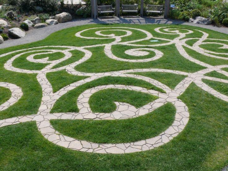 44 Inspiring Labrynth Garden Design Ideas