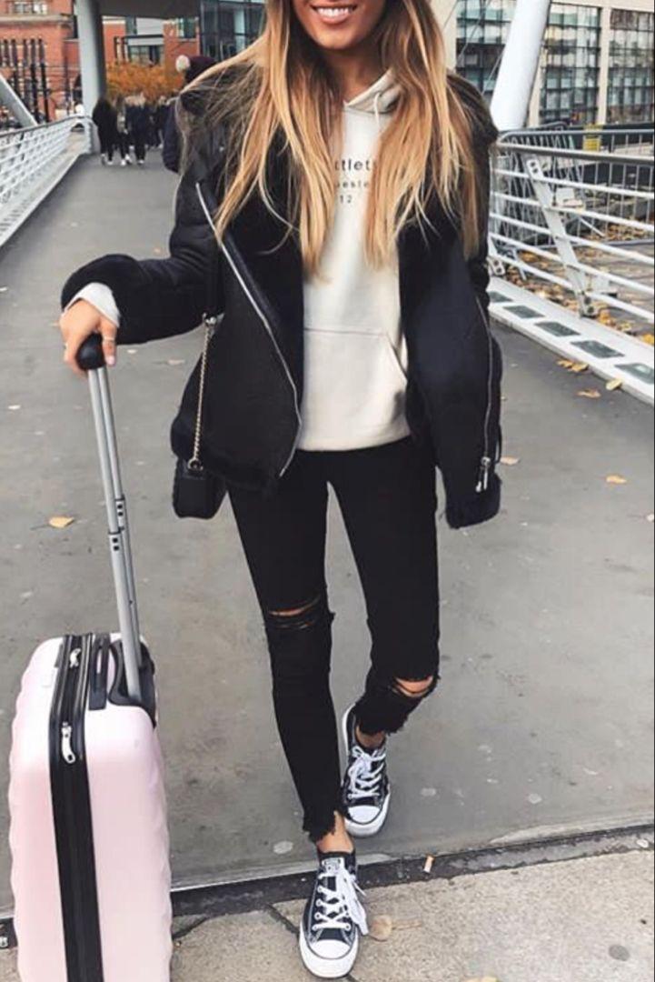 ae442a2a99929 Mode femme automne hiver avec un manteau noir aviateur