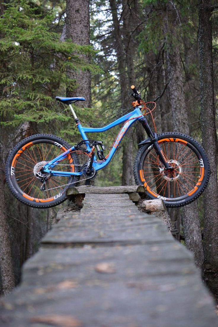 Knolly Warden dream build. mountain biking mtb bike