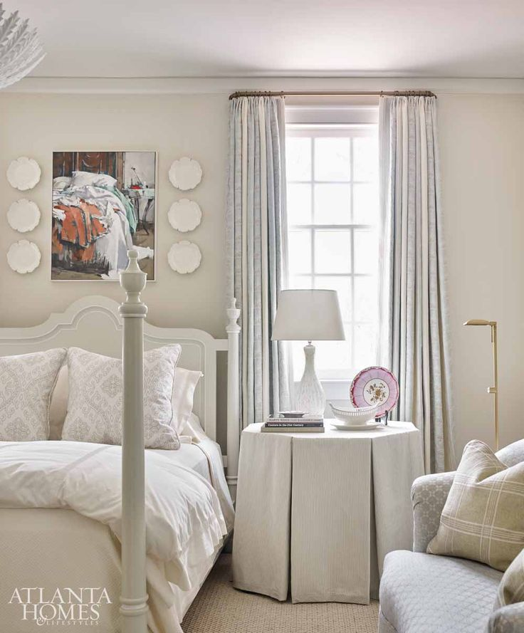 Latest Bedroom Sets Bedroom Decor Women Bedroom Paint Two Colors Green Soccer Bedrooms For Girls: Best 25+ Young Woman Bedroom Ideas On Pinterest