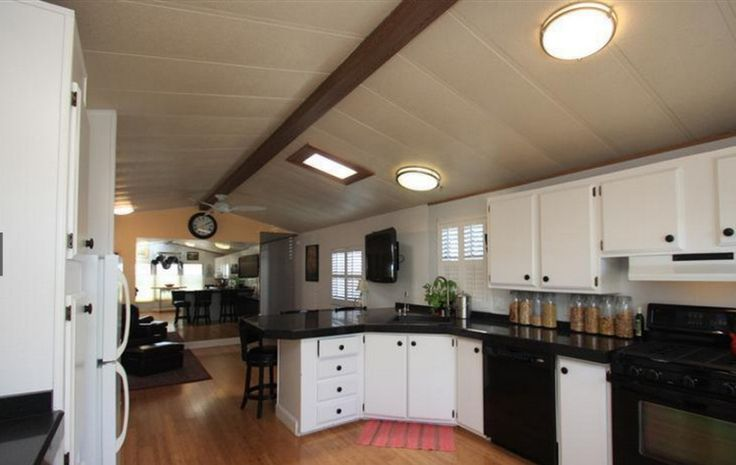 19 best 14 x 70 mobil home living decorating images on for Bachelor kitchen ideas