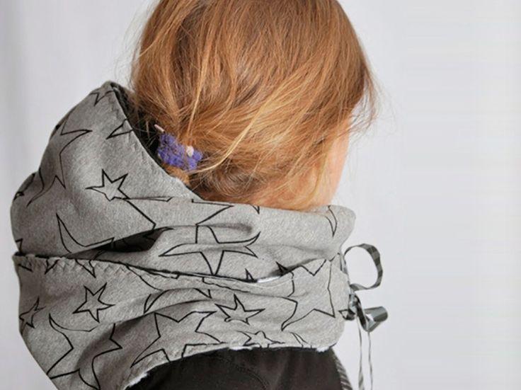 Tutoriale DIY: Cómo hacer una bufanda con capucha vía DaWanda.com